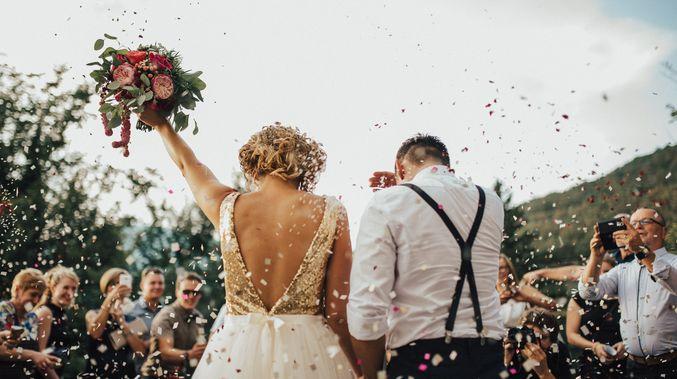 Θα μπορούσαμε να σκεφτούμε ένα εκατομμύριο θέματα για να blog σχετικά με τοσχεδιασμό ενός γάμου. Ωστόσο, ένα που πραγματικά είναι από τα πιο σημαντικά είναι ο κατάλογος των καλεσμένων σας.Για κάποιο λόγο, η διατήρηση του αριθμού των καλεσμένων σας σε λογικά πλαίσια είναι ένας σοβαρός αγώνας! Κι ενώ πολλά ζευγάρια προειδοποιούν τα επόμενα γι'αυτό, ποτέ […]