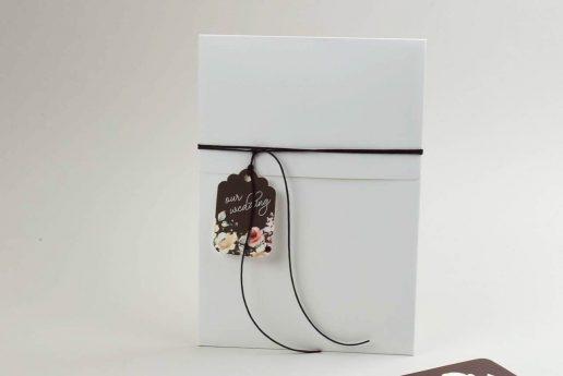 prosklitirio-gamou-floral-plaisio-kai-kartelaki-bin2449